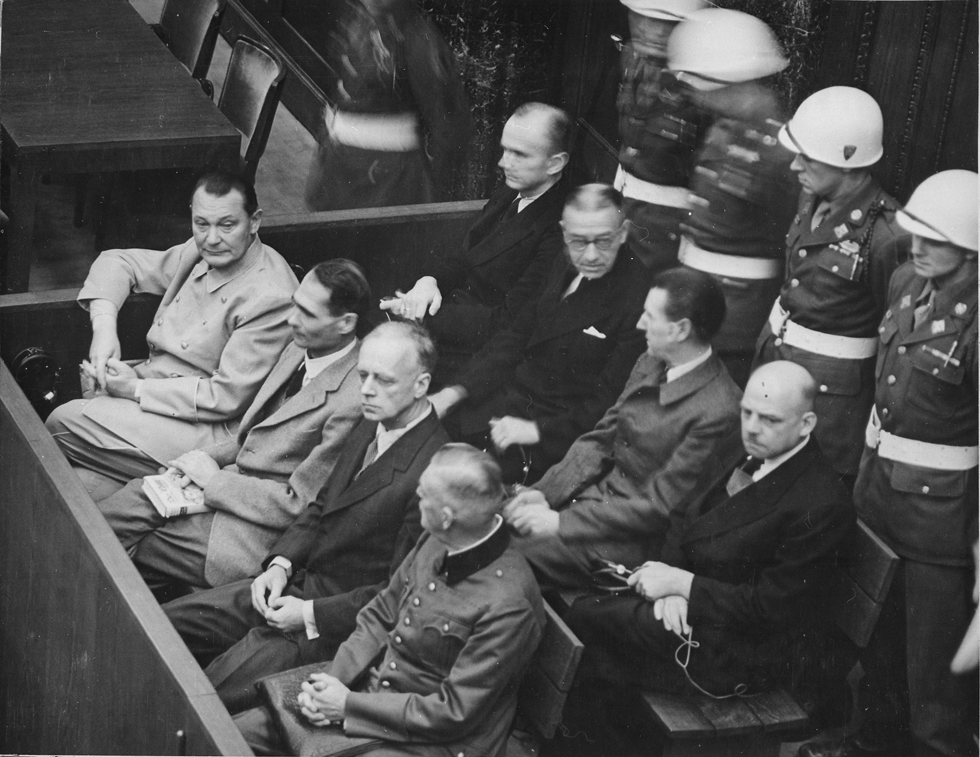 ドイツはホロコーストをナチスの罪として裁くことができた