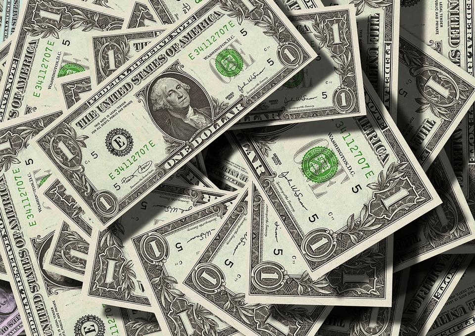 なぜ外貨準備が増加するとドルが売られるのか?