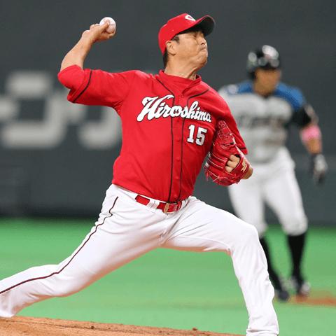 NPBに復帰し男気あふれる投球でカープを優勝に導いた黒田博樹